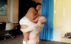 Prominent Disgraceful BBW Smothers together with Crushes Resultant Pal