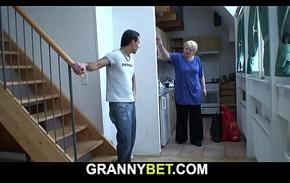 This guy helps blonde age-old grandma