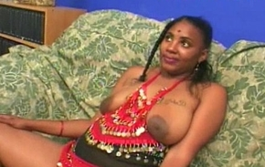 Amateurish Indian slut oral mating  with two cocks