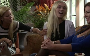 Alex Grey wants to taste an senior pussy - Anastasia Pierce