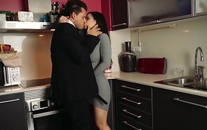 LOS CONSOLADORES - Spanish indulge Nekane gets consoled wide of married couple in threesome