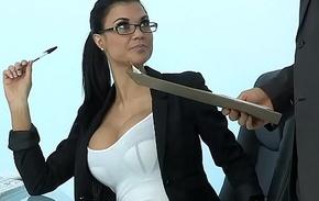 Sexy Milf Jasmine Jae plays dramatize expunge office slut addicted to hard cock
